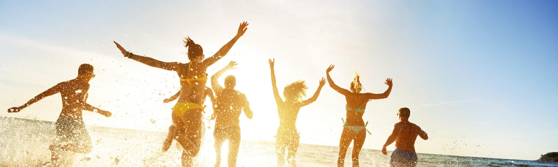 Klassenfahrt Cuxhaven begeisterte Schülergruppe am See