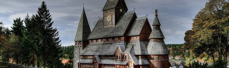 Klassenfahrt Harz Stabkirche Goslar