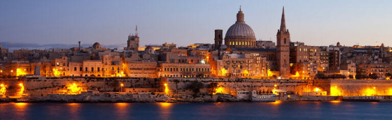 Klassenfahrt Malta Valletta am Abend