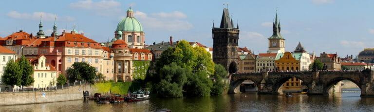 Klassenfahrt Prag Moldau und Karlsbrücke
