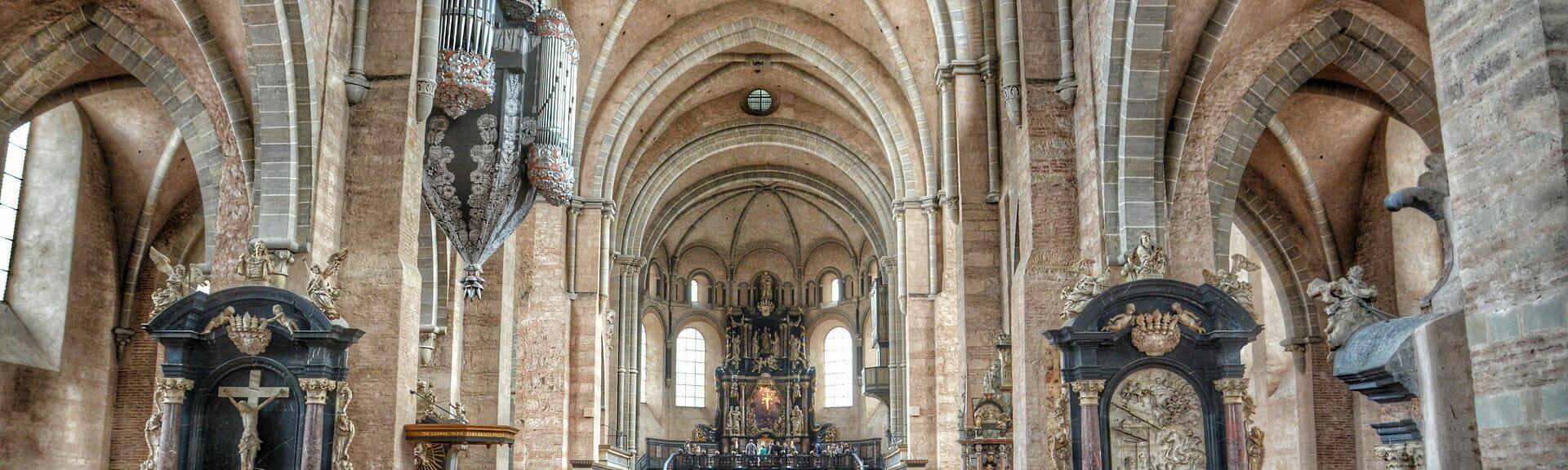 Klassenfahrt Trier Im Dom St. Petrus